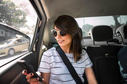 Bikin Kotor di Mobil Uber Bisa Didenda